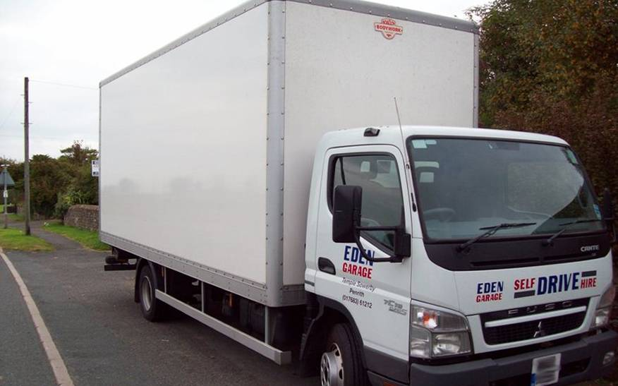 7.5 Tonne Box Van with tail lift